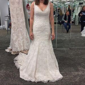 NWT Jewel Lace Wedding Gown + NWT Crinoline